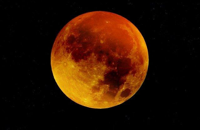 moon-963926_640