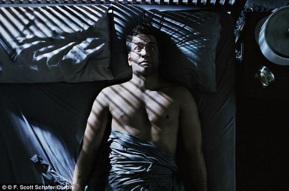 幽霊を見た?金縛り?その原因はレム睡眠中に起きる睡眠麻痺であることが判明(米研究)