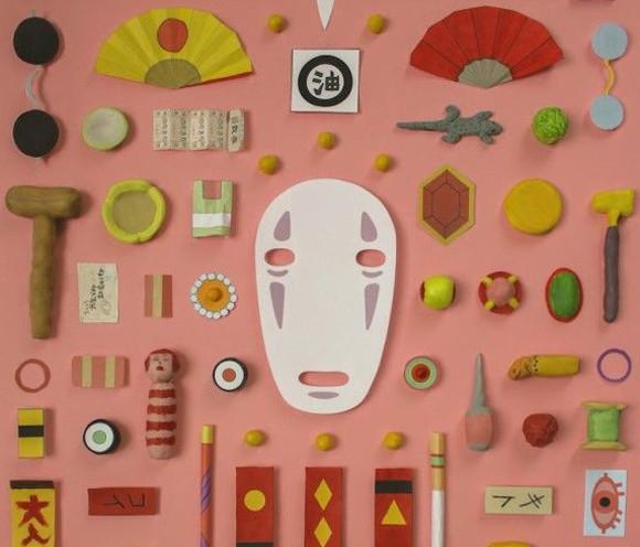 粘土細工で作った小道具を並べてジブリアニメや映画の世界観を演出したアート作品