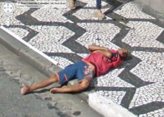 curious_google_street_640_23