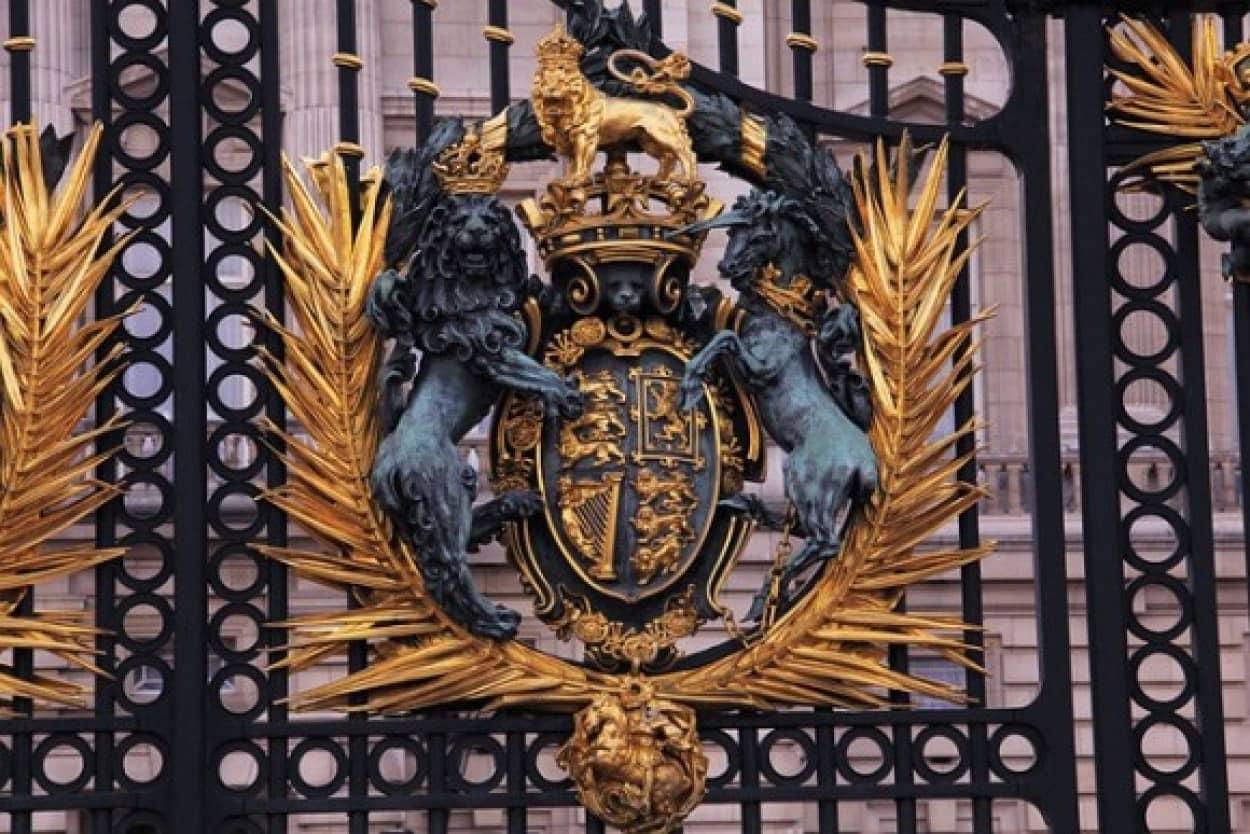 英国の君主制に反対する若者が急増