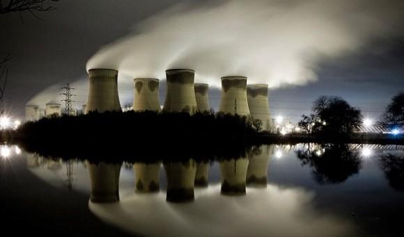 電気自動車は環境に良くない?少なくとも火力発電を利用した電気自動車はガソリンを使用する自動車よりも汚染をもたらすことが判明(米研究)