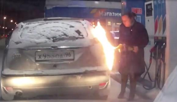 ロシアの路上は危険がいっぱい。ドライブレコーダーがとらえたハプニング総集編なドキュメンタリー映画「The Road Movie」