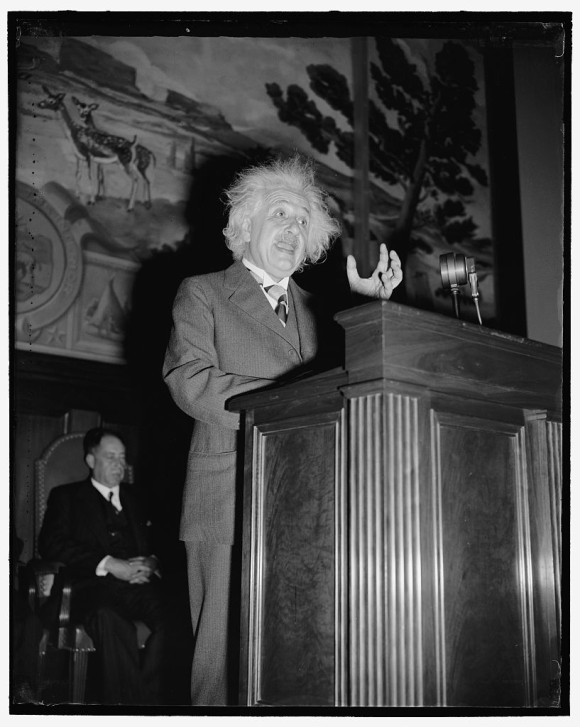 einstein-speech_e
