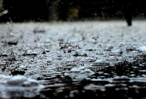 「天気が悪いと体が痛む」は本当なのか?寒さと湿度が合わさることで痛みを感じる人が増えることが判明(英研究)