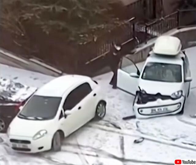 路面凍結で車が横滑りで事故続出