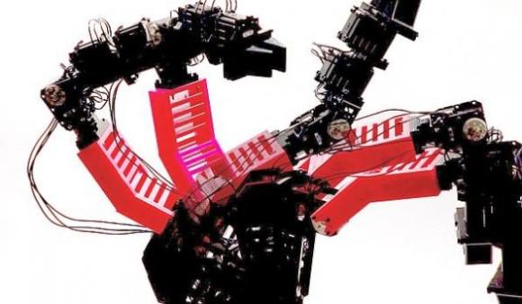 ひとりでできるもん。自分の姿や状態をイメージし、自己修復が行えるロボットが開発される(米研究)