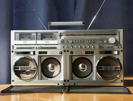 old_school_boomboxes_22