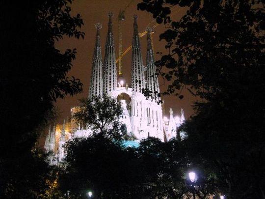 temple_expiatori_de_la_sagrada_familia_in_barcelona_16