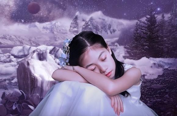 「眠れる森の美女症候群」に苦しむ少女と母親の物語。最長で2ヶ月間も眠り続ける(コロンビア)