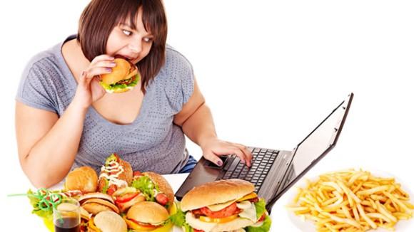 ストレスで太るは本当。特に女性は代謝が悪くなり体重増加の原因に(米研究)