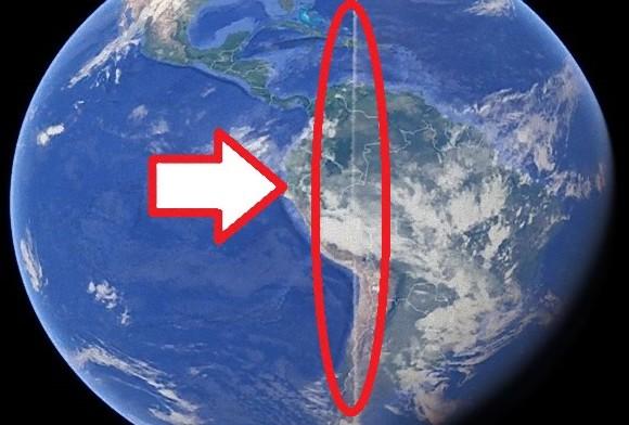 空中に奇妙な雲の道!?地球を真っ二つにするかのような超長〜い帯状の雲が出現していたらしい