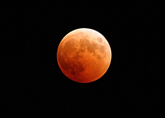 lunar-eclipse-767808_640_e