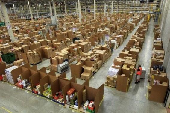 Gigantic-Warehouse-001_e