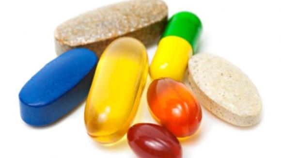 ビタミン剤はお金の無駄?ビタミン剤が健康に良いとは限らない(米研究)