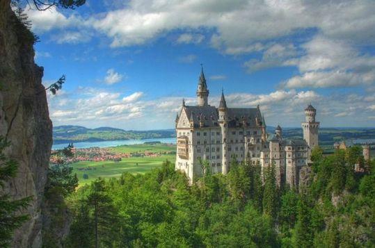 neuschwanstein_castle_01