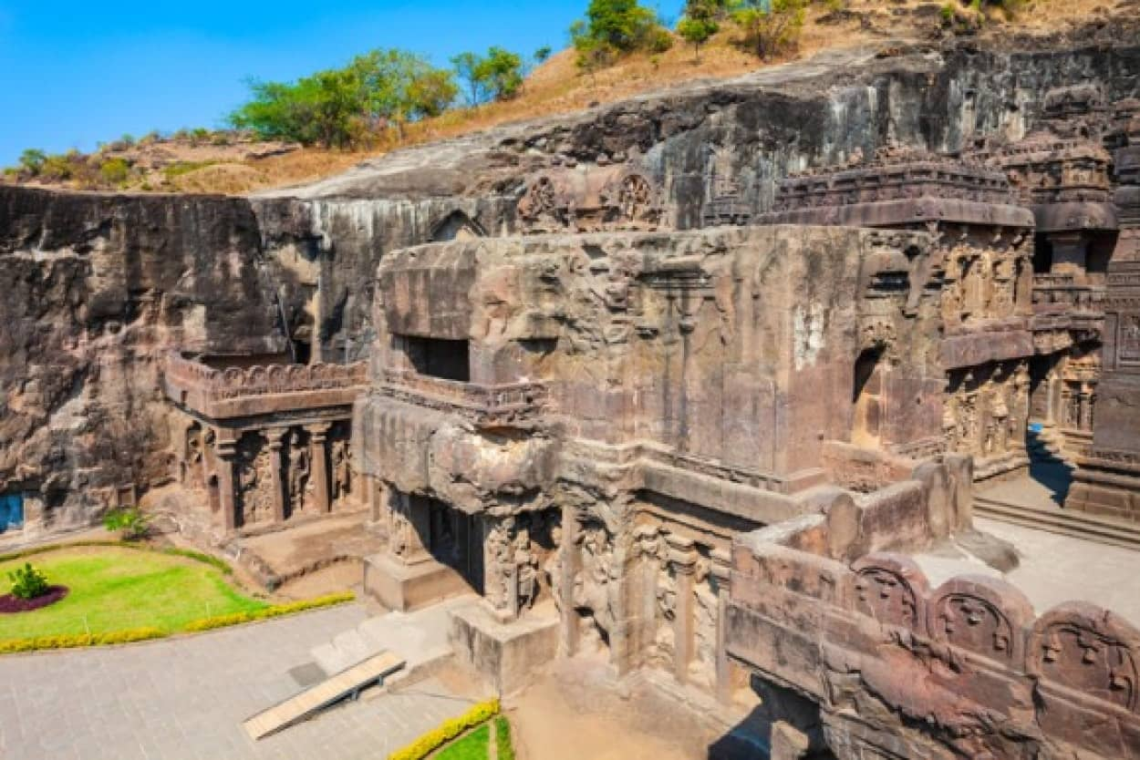 エローラ洞窟寺院