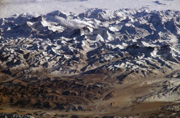 """高地で生きるチベット人は、絶滅した人類から""""サバイバル遺伝子""""を受け継いでいる可能性(米研究)"""