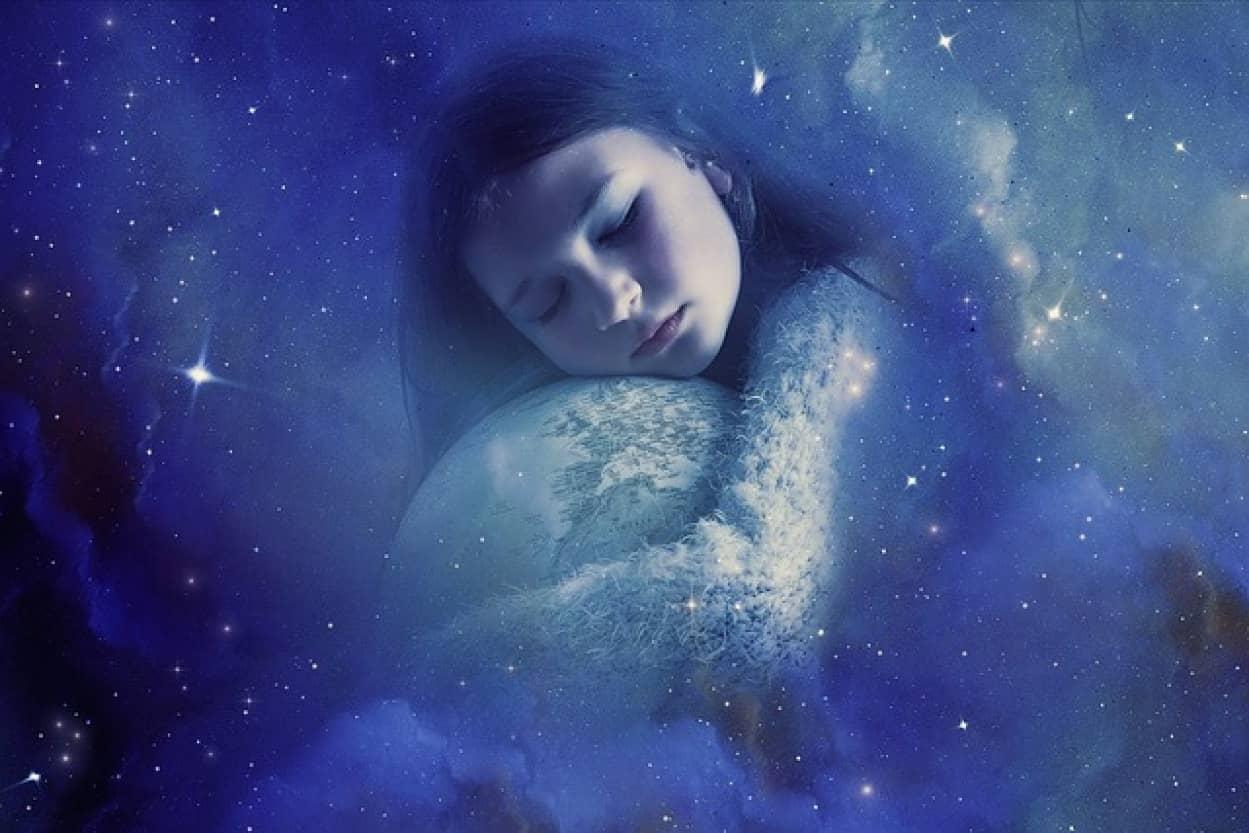 不眠に悩む高齢者は寝る前にゆったりした音楽を聴くと効果的という研究結果
