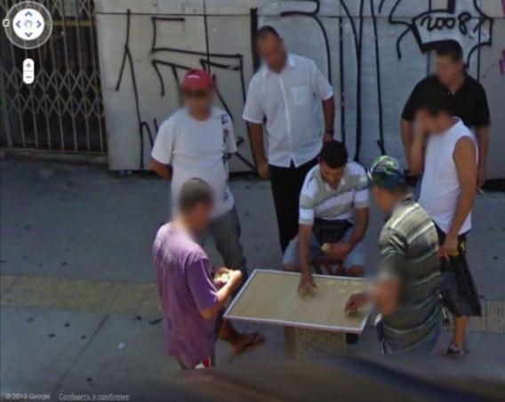curious_google_street_640_28