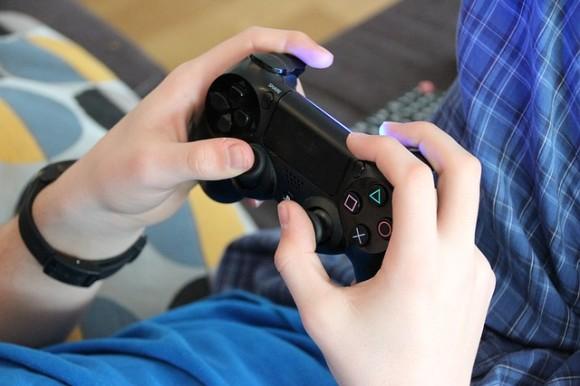 game-1232879_640_e