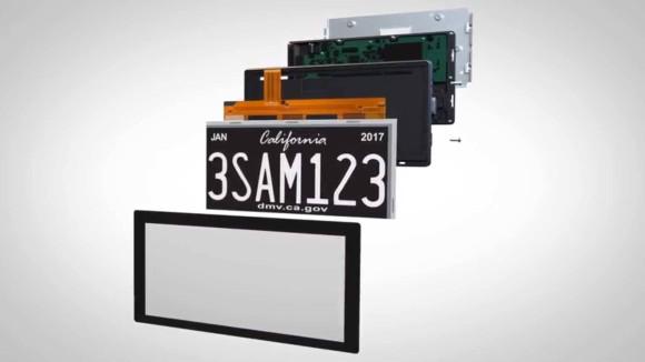 メッセージが表示でき位置情報も記録。アメリカ・カリフォルニア州でデジタル表示のナンバープレートがまもなく試験導入される