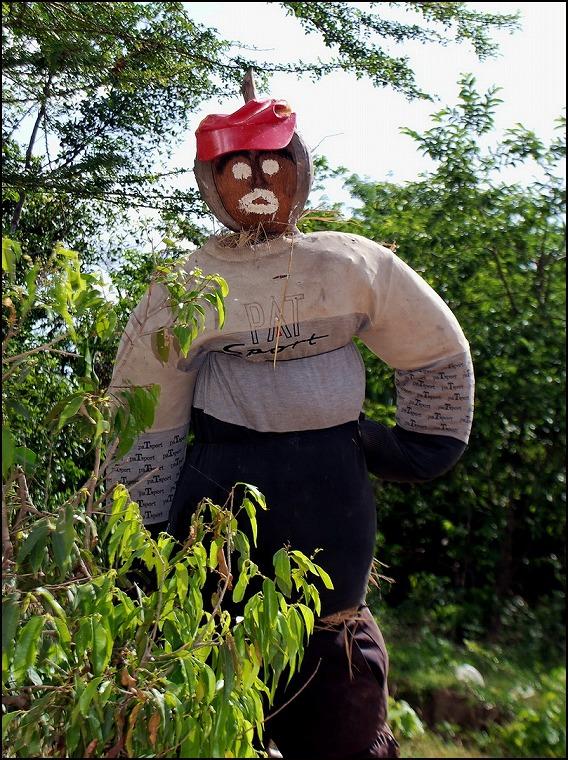 Prei-Monti-scarecrow-4-resize