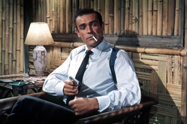 「007」に登場するジェームズ・ボンドは実在した!?英国の同姓同名のスパイ