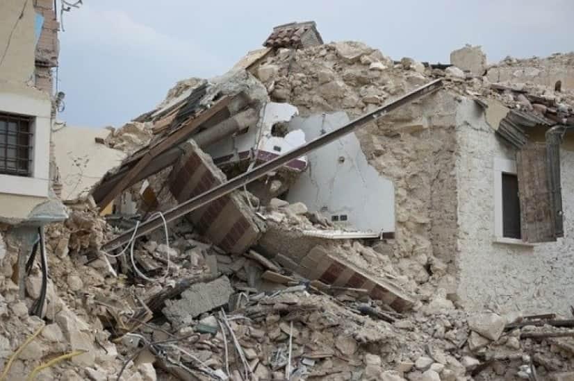 earthquake-1665898_640_e