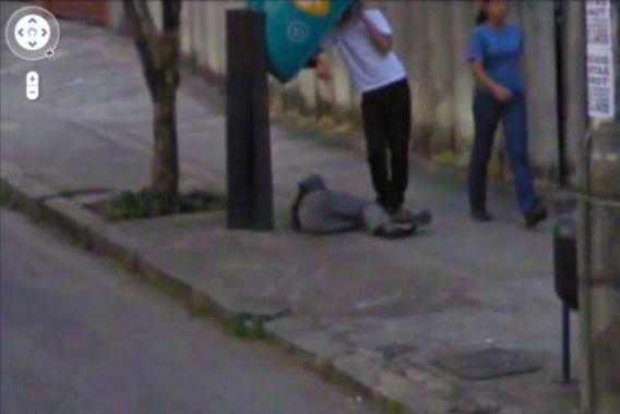 curious_google_street_640_27