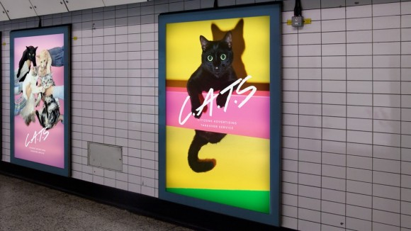 ロンドンの地下鉄構内に貼られている広告をすべて猫に変えてしまうプロジェクトが発足