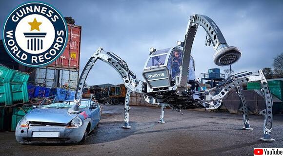 巨大なカマキリが人を乗せてワシワシ歩く。世界最大の乗用六脚ロボット「マンティス」がギネス記録