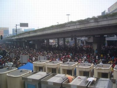 crowded_train_stations_in_china_02