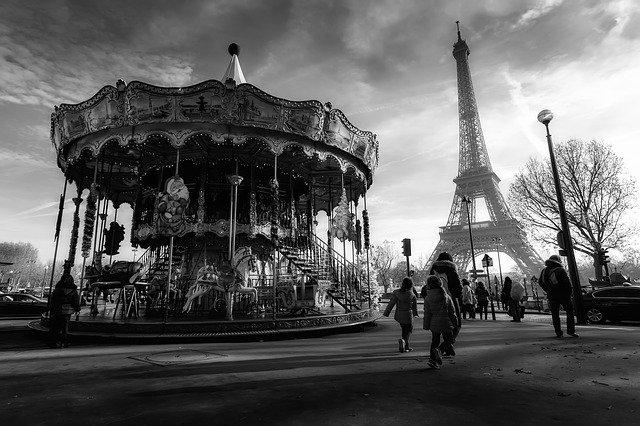 paris-2507590_640
