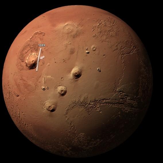 太陽系で一番高い山、火星のオリ...