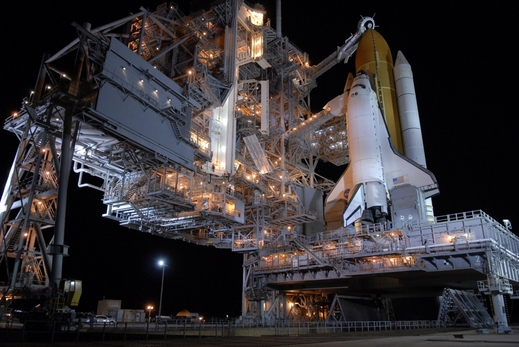 STS-117-prelaunch1