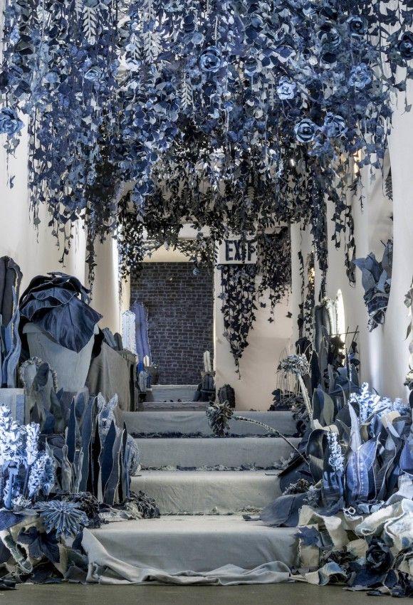 ian-berry-denim-jeans-art-secret-garden-2_e
