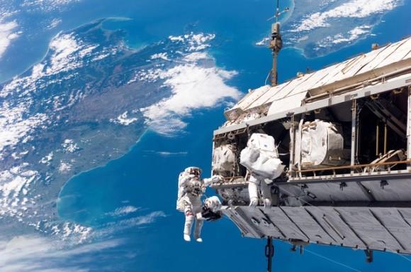 国際宇宙ステーション内が細菌の宝庫となっている件