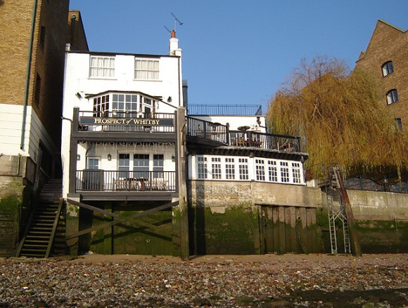 Wapping_prospect_of_whitby_1_e