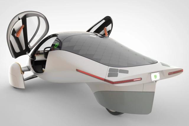 充電いらずの太陽光発電を利用した電気自動車が販売開始