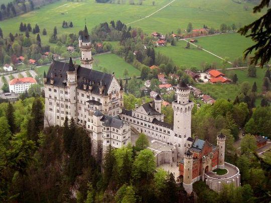neuschwanstein_castle_09