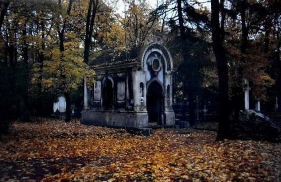 graveyard_scenes_640_06