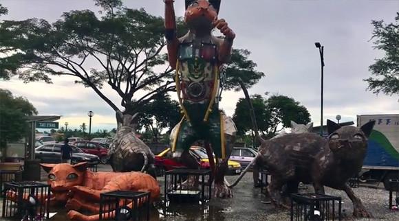 いたるところに巨大猫の彫像が。マレーシアにある猫の町「クチン」
