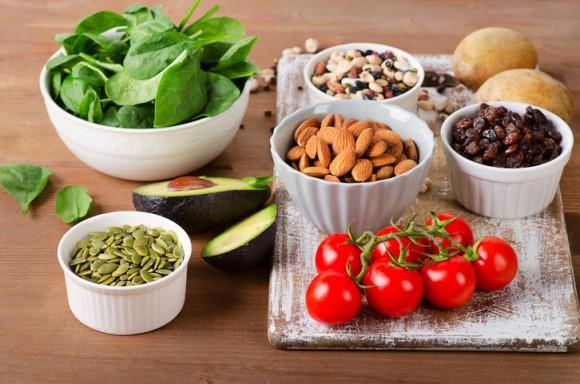 とりあえずナッツは良いらしい。免疫力を強化すると言われている5つの栄養素が含まれている食品