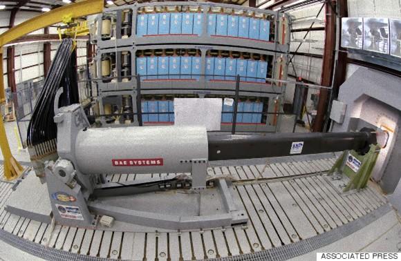 米海軍がズムウォルト級ミサイル駆逐艦にレールガン搭載を検討(アメリカ)
