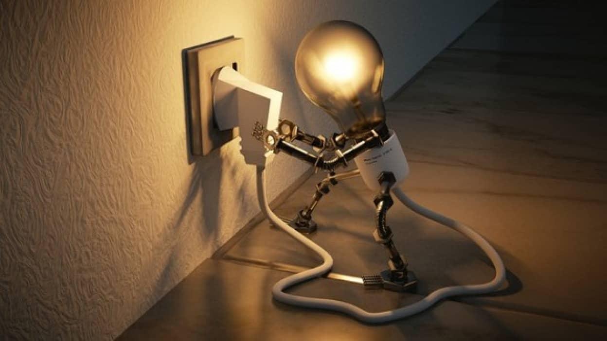 light-bulb-3104355_640_e