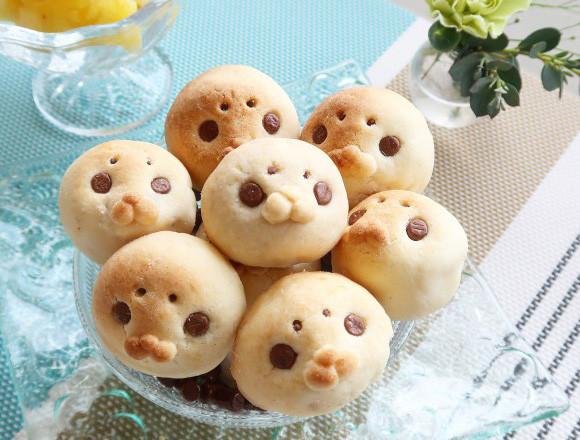 台湾の銘菓「パイナップルケーキ」をアザラシに。ホットケーキミックスと冷凍パインで激うま簡単かわいいレシピ【ネトメシ】