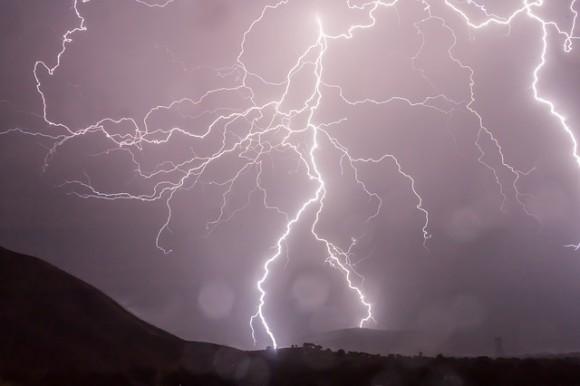 lightning1_e
