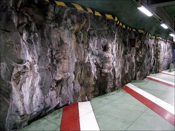 stockholm-subway-art-25