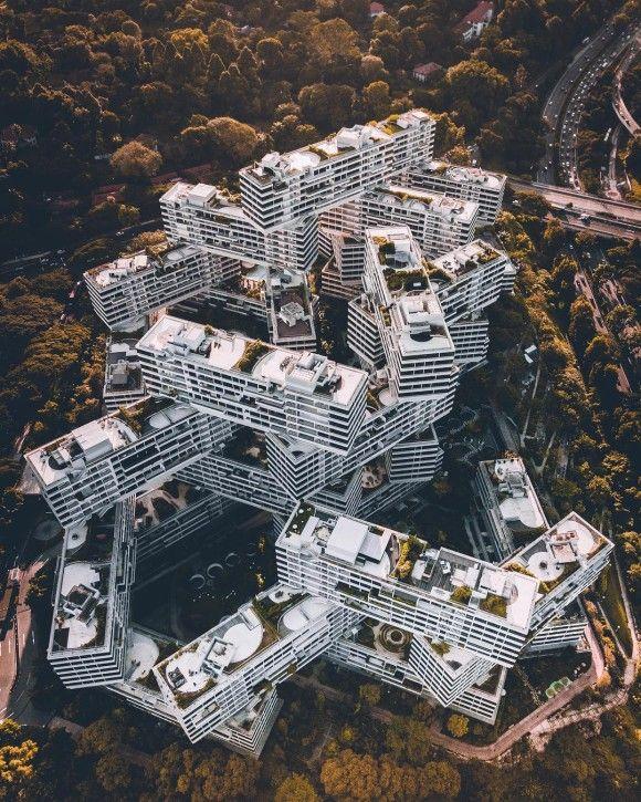ファンタスティック・ジオメトリック!都市風景をドローンを使い高所から絶妙のアングルで撮影した写真